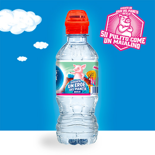 Pulito come un Maialino con l'Acqua Nestlé Vera for Kids
